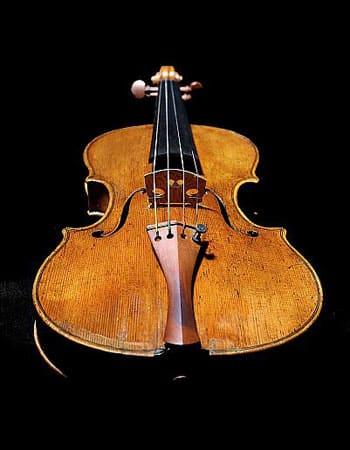 Violin tillverkad av i Bologna av Joannes Florenus Guidantus år 1731 - inköpsår 2016