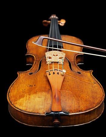 Violin tillverkad av Michele Deconet i Venedig ca 1750 - inköpsår 2017